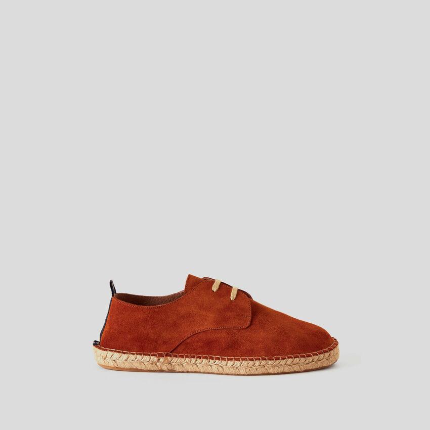 Derby shoes in genuine suede
