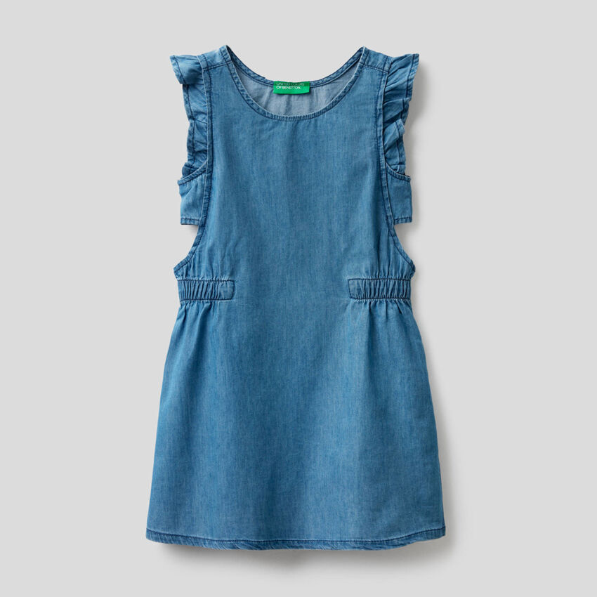 Dress in chambray fabric