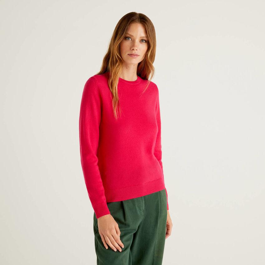 Fuchsia crew neck sweater in pure virgin wool