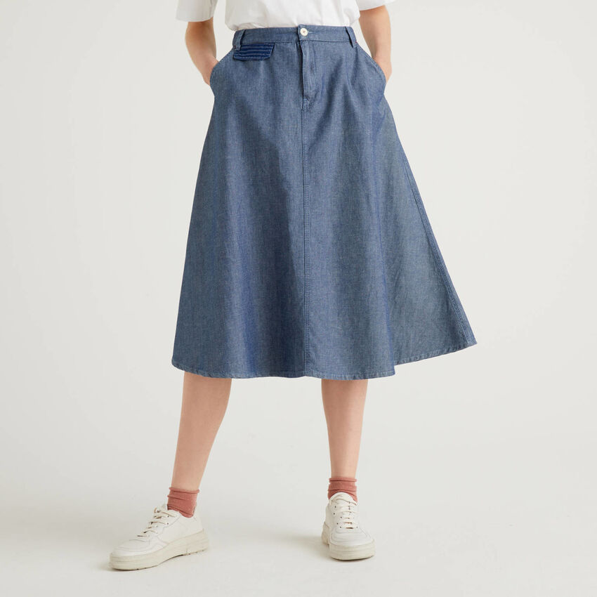Midi skirt in cotton blend denim