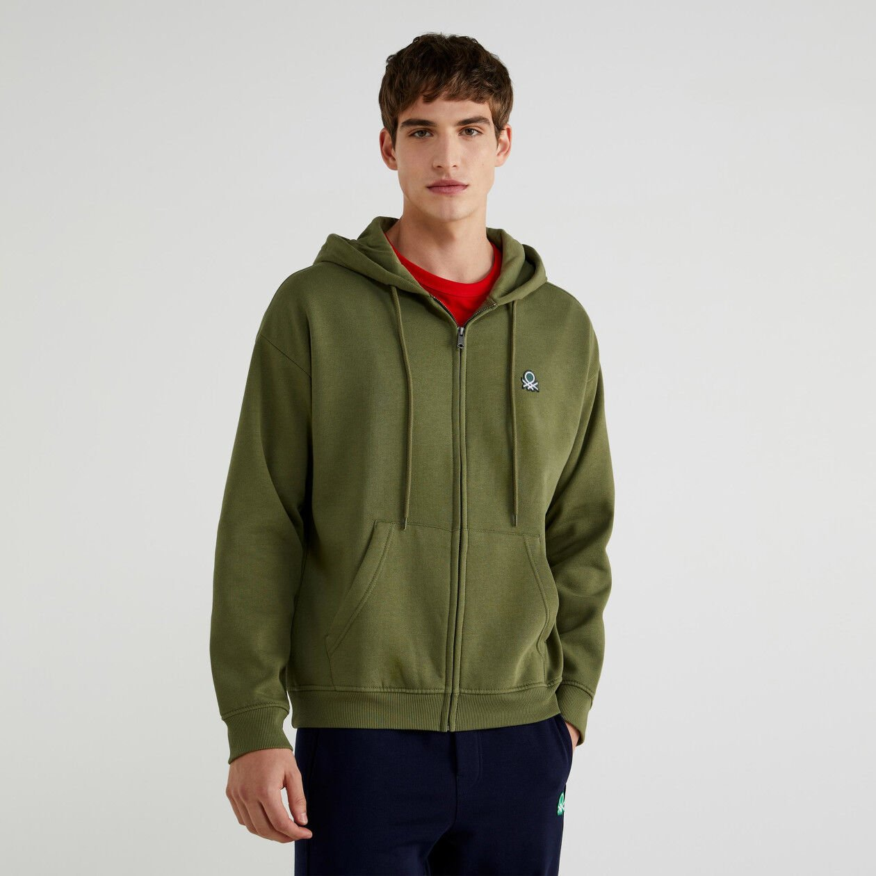 Hoodie with pockets