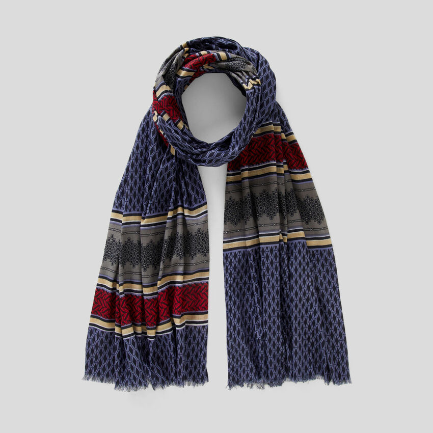 Patterned scarf in 100% cotton
