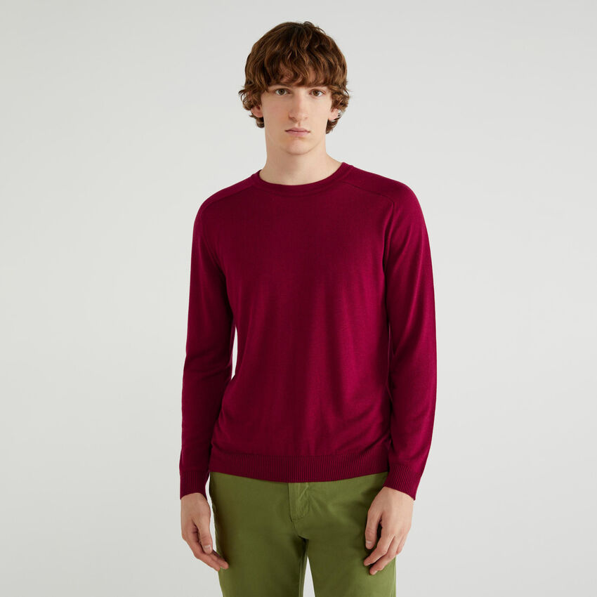 Crew neck sweater in viscose and wool
