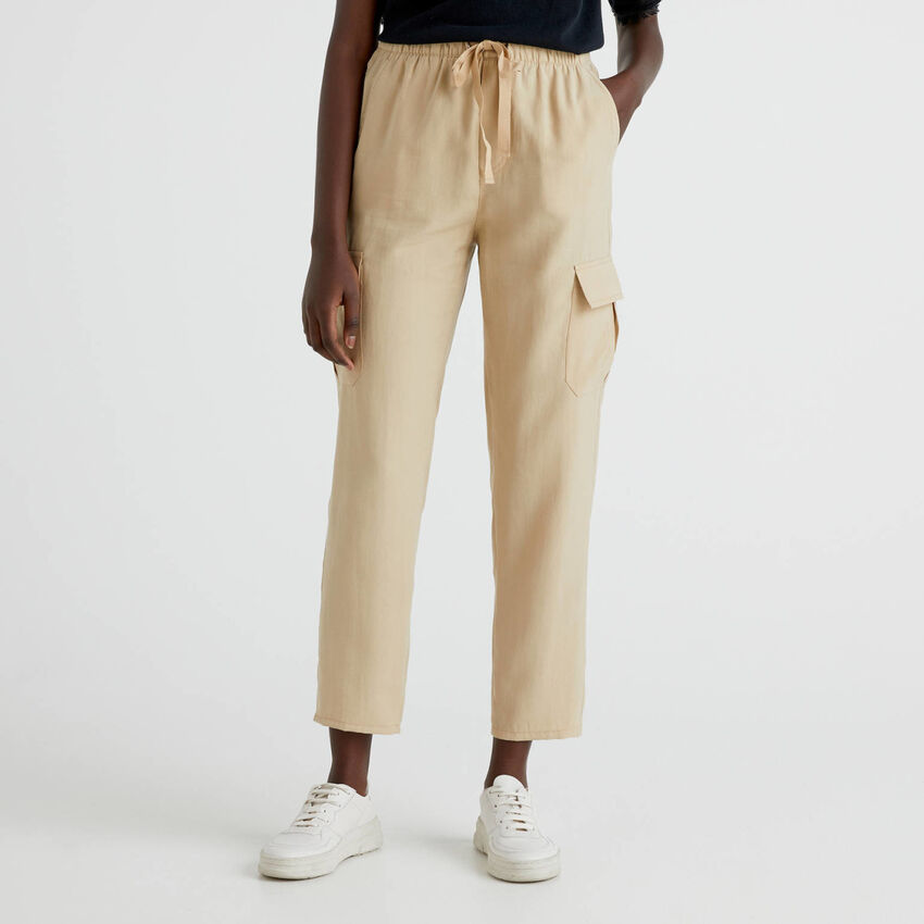 Cargo trousers with drawstring