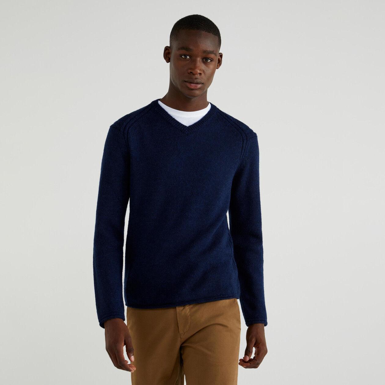 V-neck wool blend top