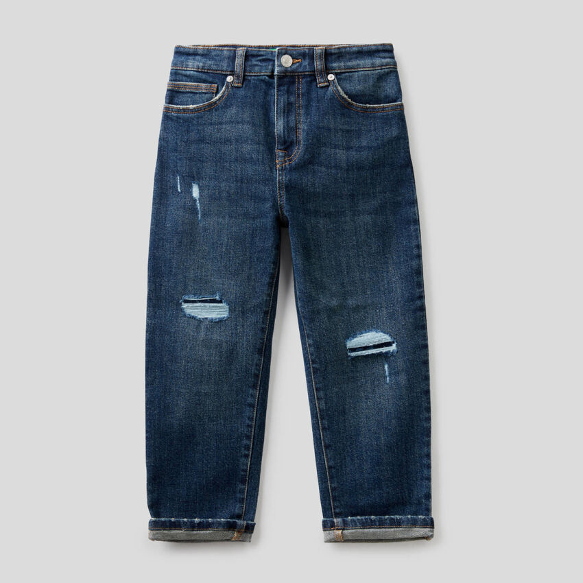Slouchy jeans with tears