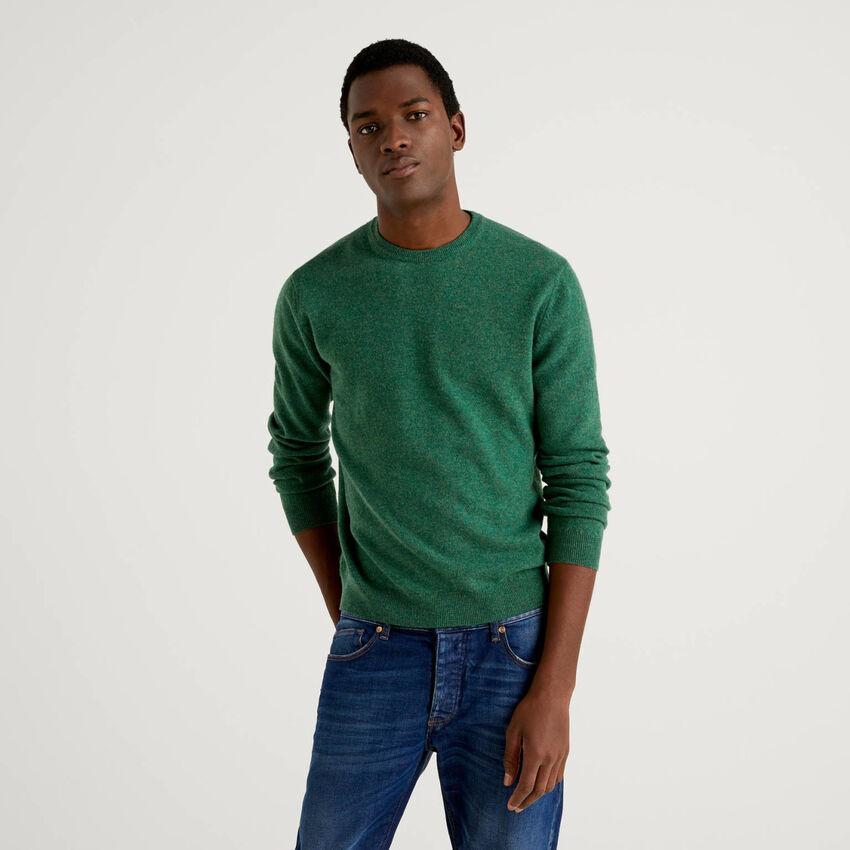 Green crew neck sweater in pure virgin wool