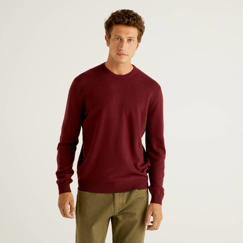 Burgundy crew neck sweater in pure virgin wool