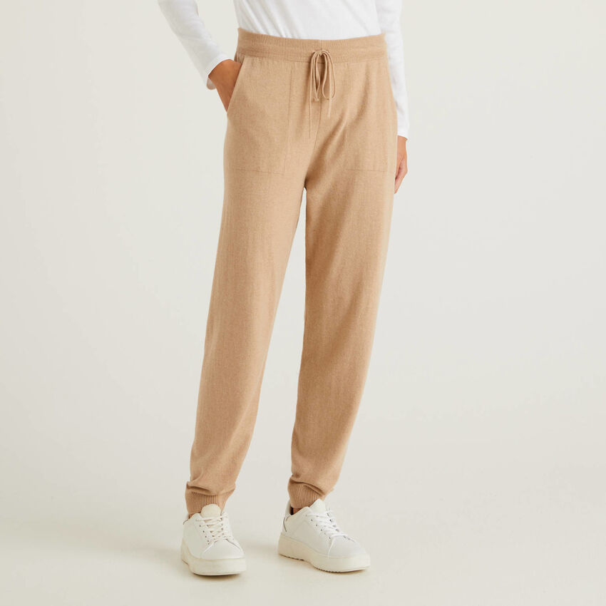 Camel sporty trousers in cashmere blend