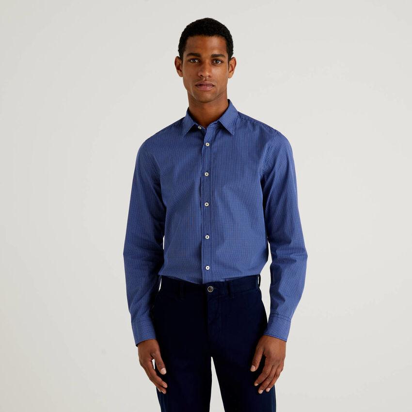 Slim fit 100% organic cotton shirt