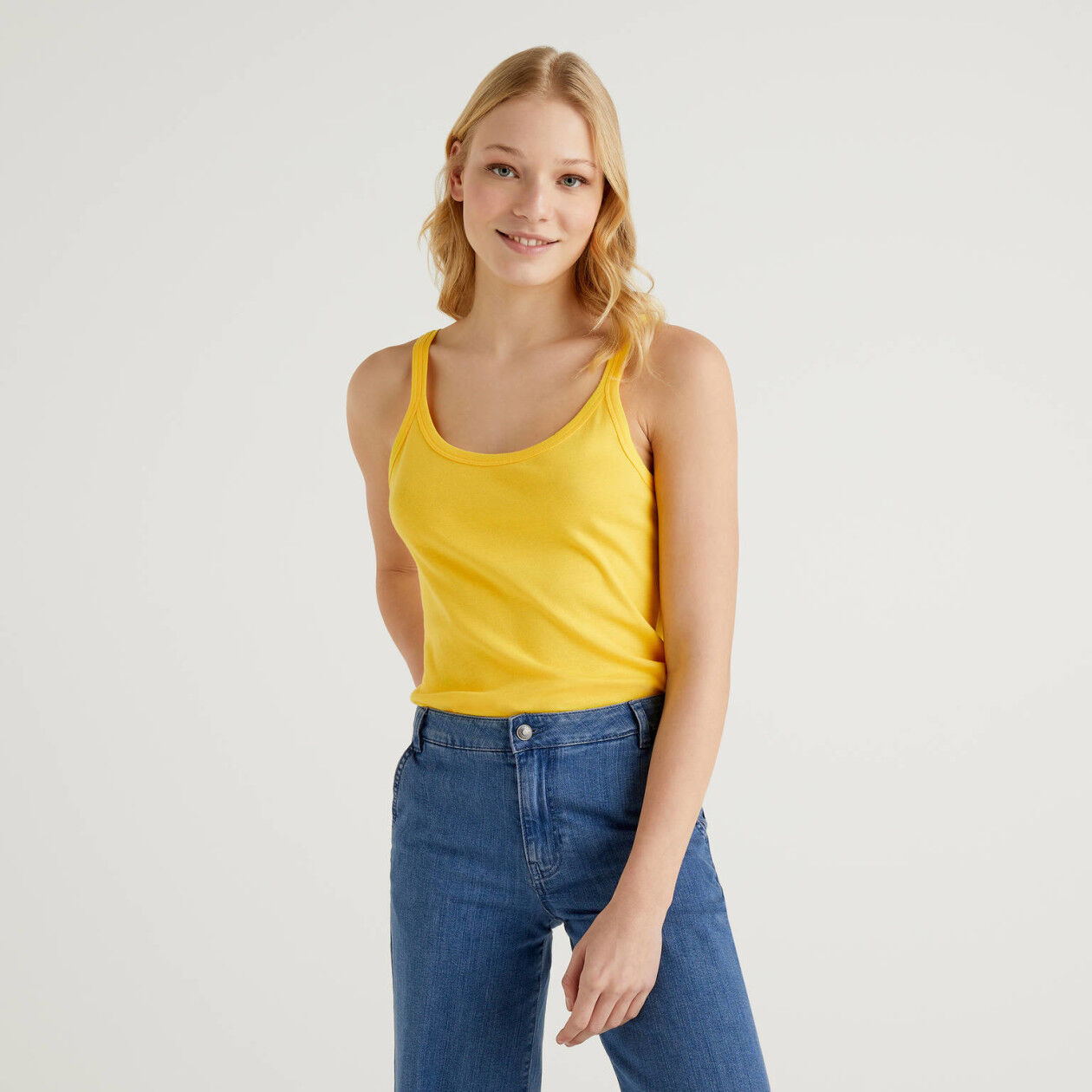Yellow tank top in pure cotton