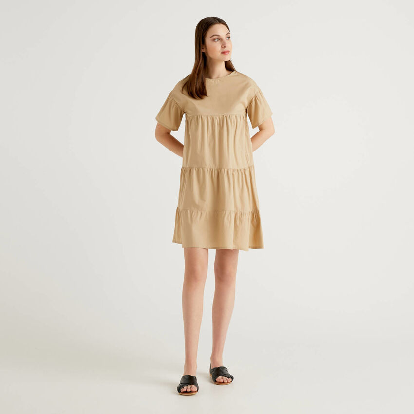 Loose dress with frills in 100% cotton